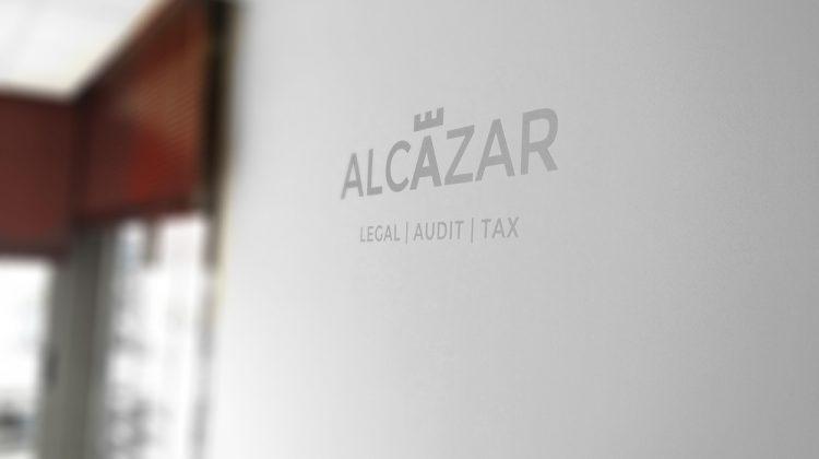 Responsabilidad del presentante de los documentos en los Registros de la Propiedad y Mercantiles, Alcázar Abogados - Expertos reestructuraciones empresariales o societarias.