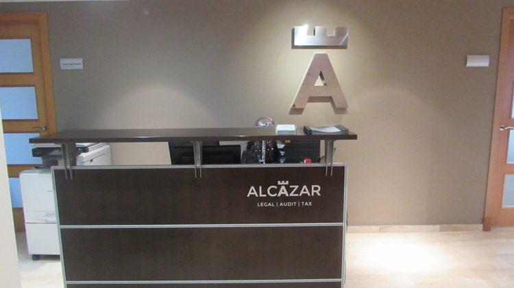 La oficina de ALCAZAR Málaga duplica su espacio de oficinas, Alcázar Abogados - Expertos reestructuraciones empresariales o societarias.