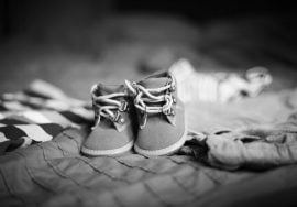 Exención en las prestaciones por maternidad, Alcázar Abogados - Expertos reestructuraciones empresariales o societarias.