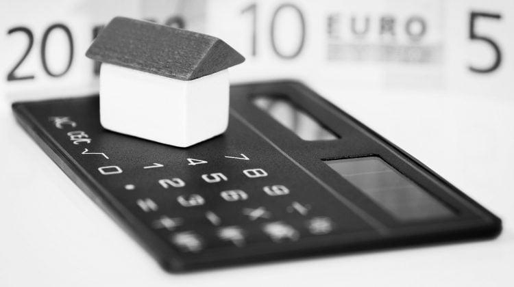 Tratamiento fiscal de importes derivados de la devolución de la cláusulas suelo, Alcázar Abogados - Expertos reestructuraciones empresariales o societarias.