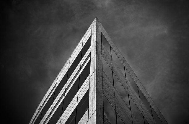 El Tribunal Supremo aclara el tratamiento fiscal de las extinciones de condominios  , Alcázar Abogados - Expertos reestructuraciones empresariales o societarias.