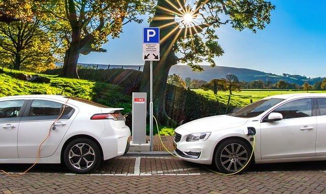 Nueva convocatoria en Aragón  para subvenciones  dirigida a proyectos empresariales relativos al desarrollo del vehículo eléctrico, Alcázar Abogados - Expertos reestructuraciones empresariales o societarias.