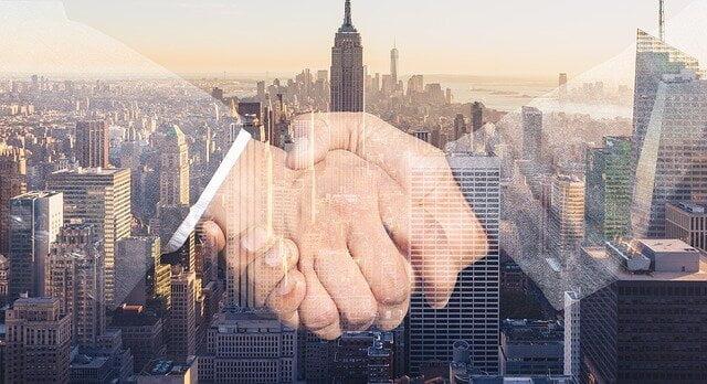 Medidas en relación a los contratos públicos de obras vigentes en el momento entrada en vigor del Real Decreto-ley 8/2020, Alcázar Abogados - Expertos reestructuraciones empresariales o societarias.
