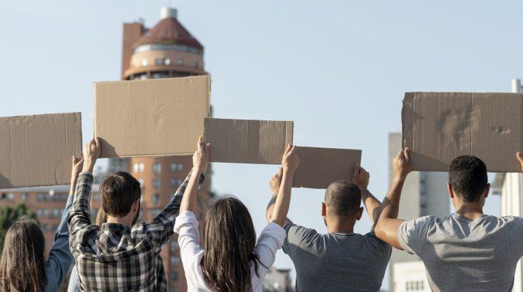 El Tribunal Superior de Aragón dicta sentencia velando por el derecho de reunión y de manifestación en tiempos de pandemia, Alcázar Abogados - Expertos reestructuraciones empresariales o societarias.