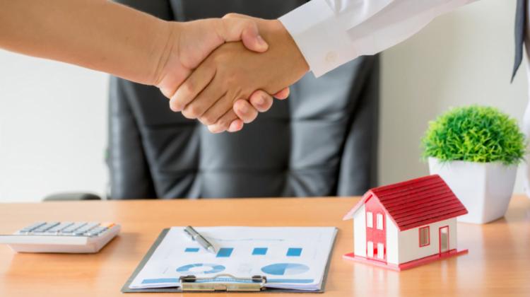 Anticipos de clientes y pagos iniciales no reembolsables, Alcázar Abogados - Expertos reestructuraciones empresariales o societarias.